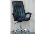 Кресло крутящиеся со слитными ручками (цвет черный)